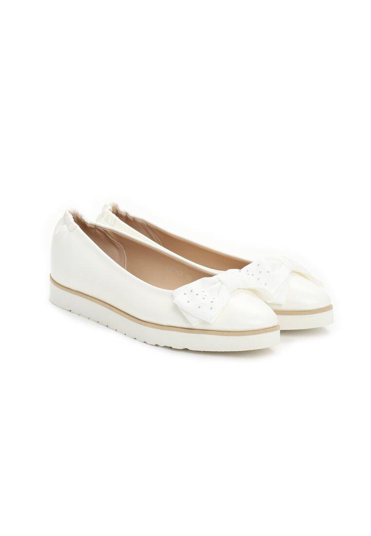 Białe Baleriny Falina