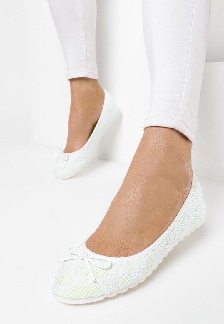 Białe Balerinki Parvi