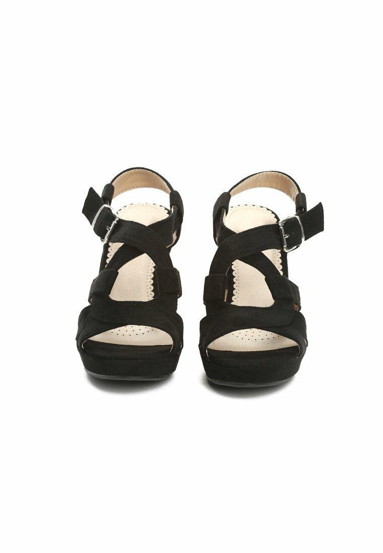Czarne Sandały Ethic