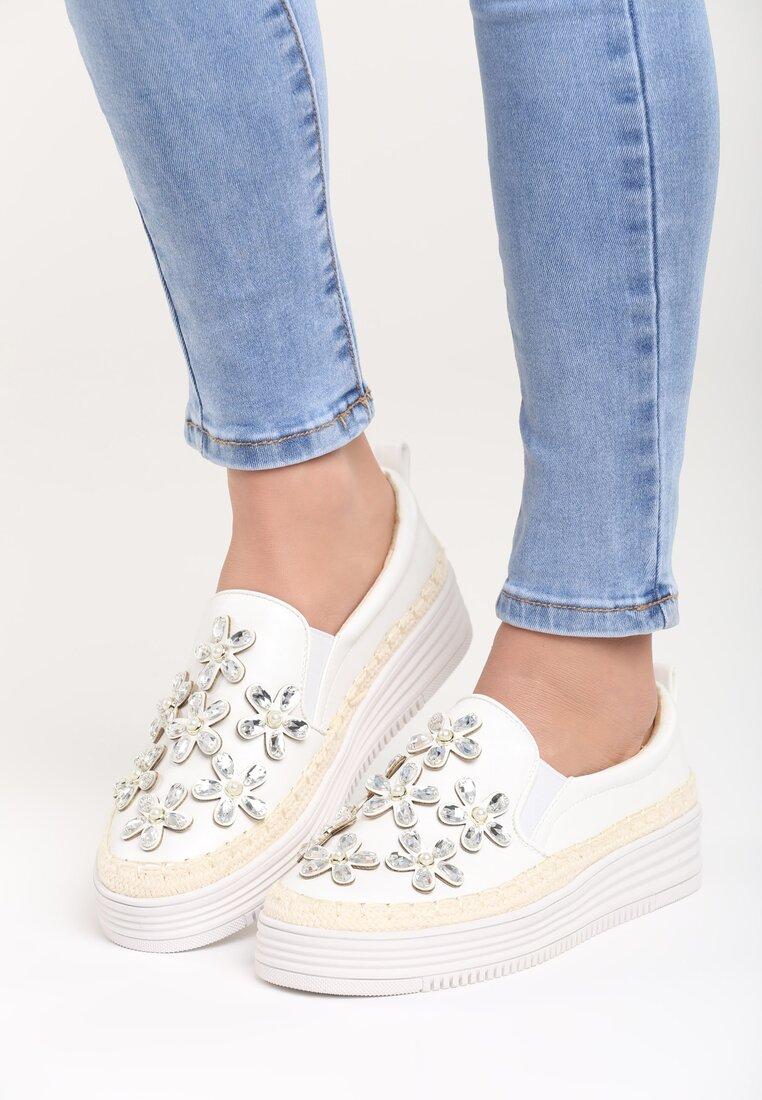 Białe Slip On Flowering Rush