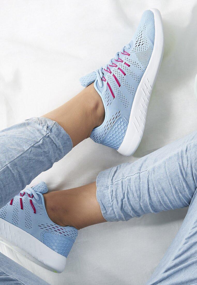 Jasnoniebieskie Buty Sportowe Should I?