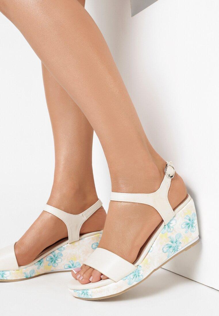 Beżowe Sandały Part Of Me