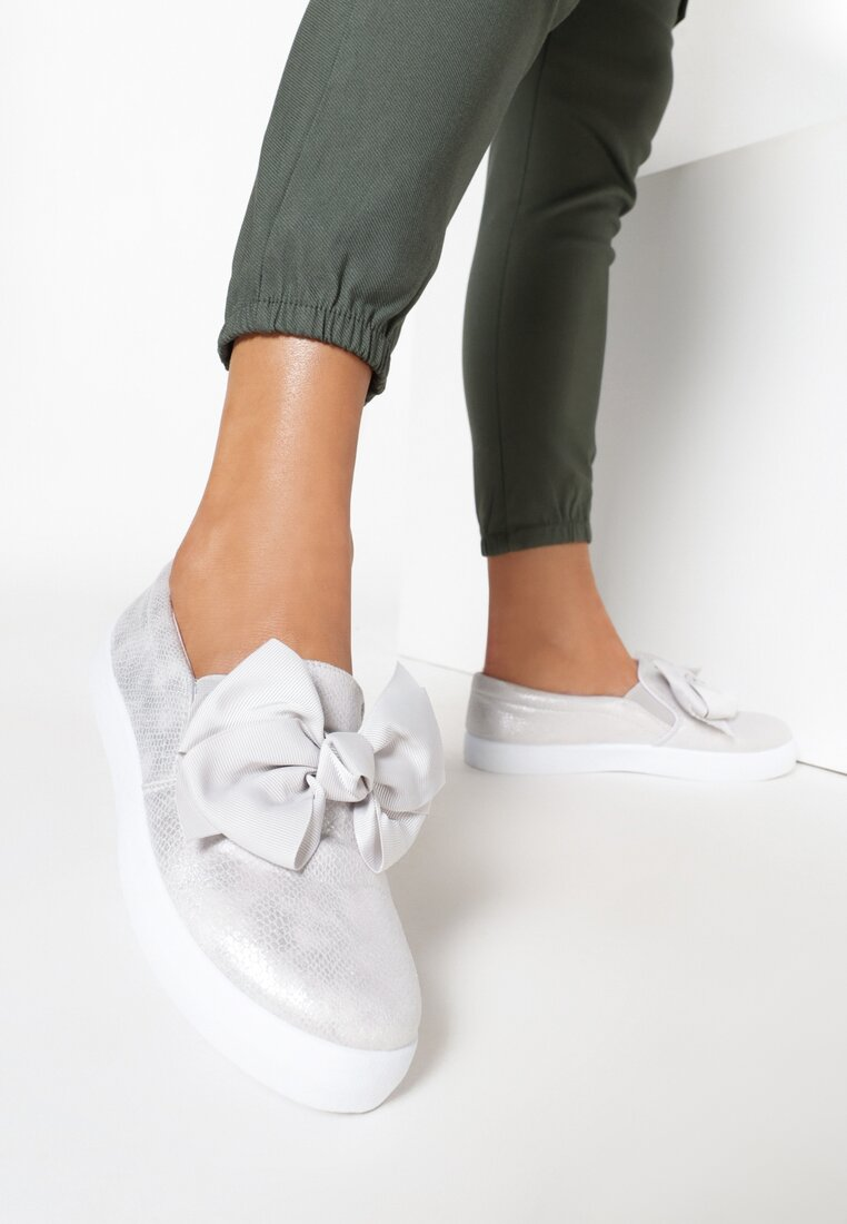 Szare Slip On Rough Out