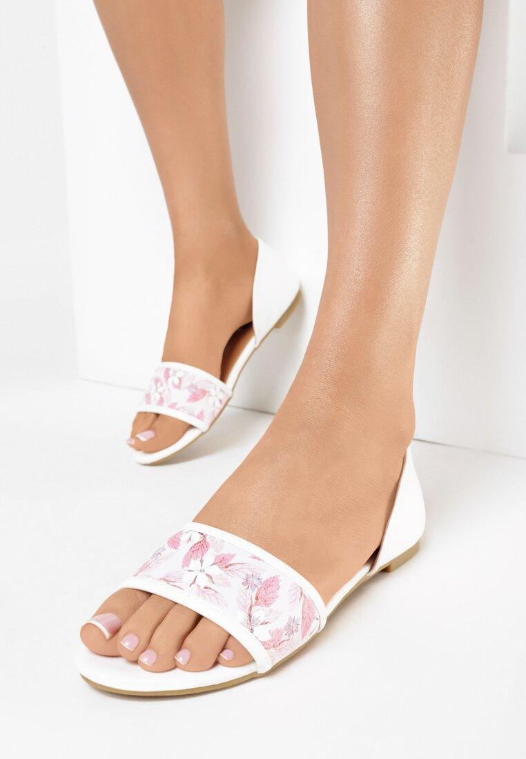 Biało-Beżowe Sandały Evergreen