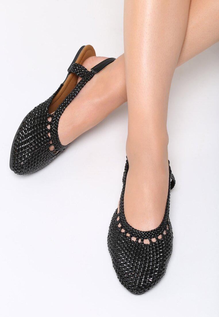 Czarne Sandały Head Over Heels