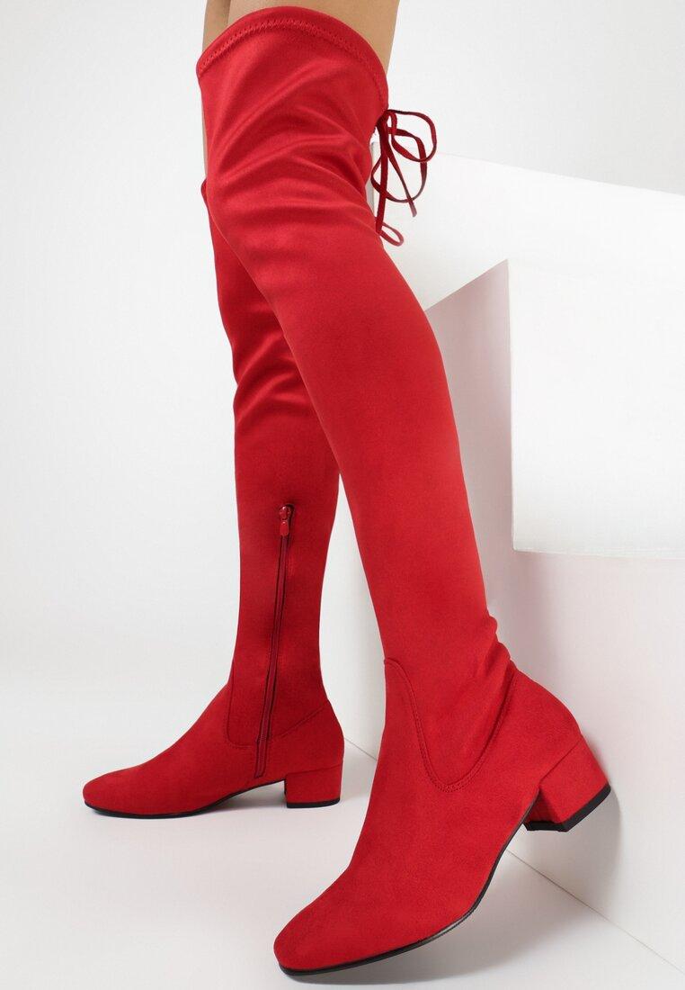 Czerwone Kozaki Decorous
