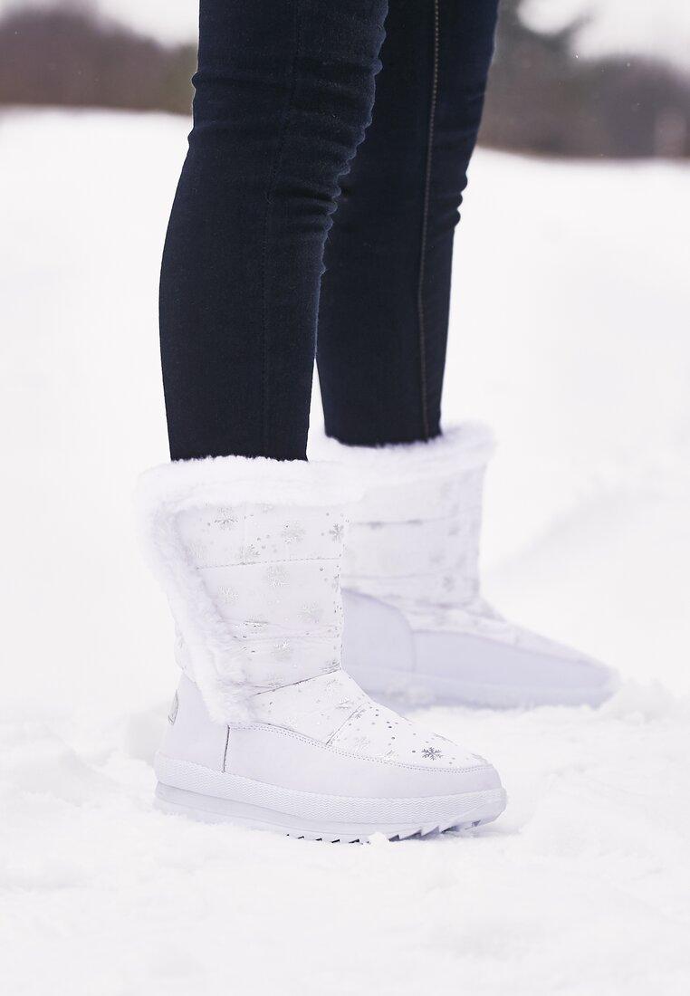 Białe Śniegowce Same